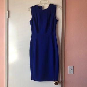 Calvin Klein – Scuba Crepe Sheath Dress (Size 2)